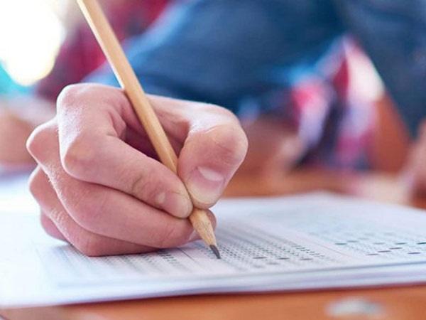 پذیرفتهشدگان کنکور ۹۹ از آبان ماه وارد دانشگاه میشوند