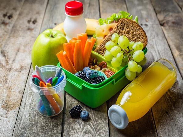 تغذیه ی مناسب برای دانش آموزان